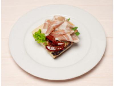 заказать: Холодные закуски - Брускетта с хамоном